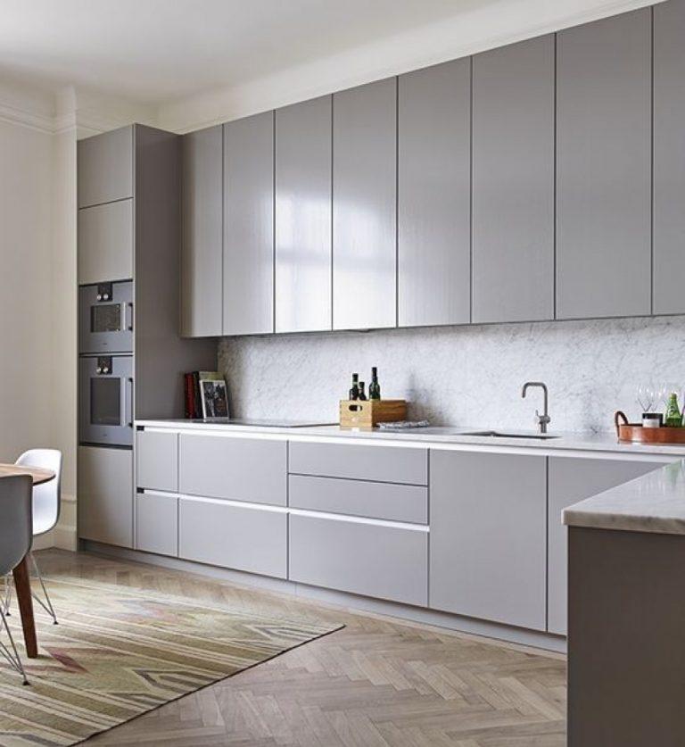кухонный гарнитур серый фото быструю
