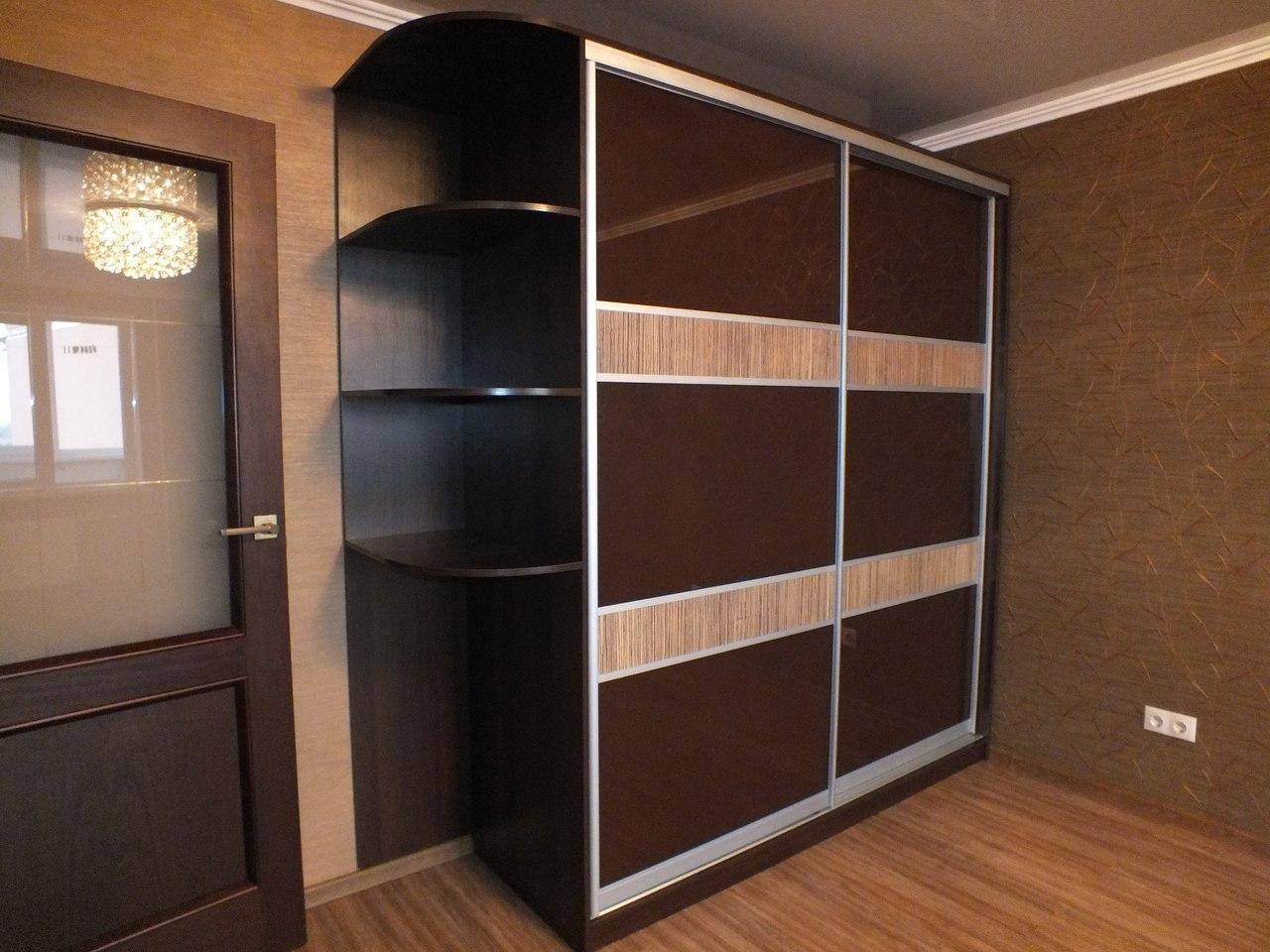 Корпусной шкаф купе