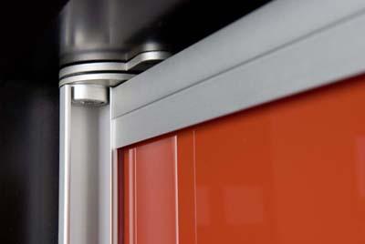 Пример использования механизма для распашной двери из профиля S751.