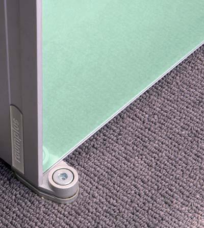 Пример использования механизма для распашной двери из профиля S800.