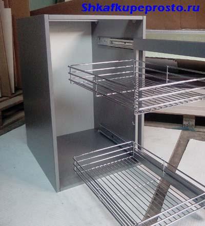 Корзина для посуды с боковым креплением для тумбы шириной 400 мм.