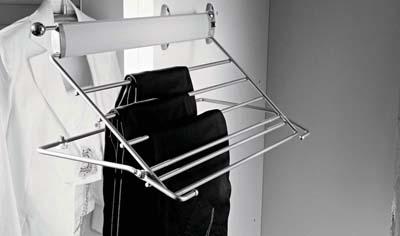 Вешалка выдвижная для брюк для шкафов купе